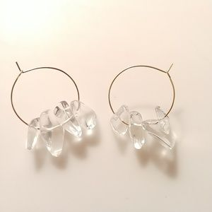 Jewelry - 🆕💎 Clear Quartz Smooth Gold Hoop Earrings